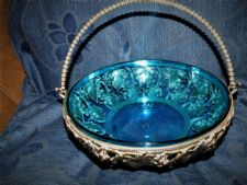 ORNATE SILVER PLATED BASKET +SWING HANDLE GEORGE BOWEN + BLUE GLASS BOWL LINER
